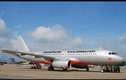Máy bay Jetstar Pacific lại va vào chim