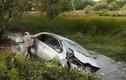 Tai nạn xe hơi kinh hoàng, cả gia đình bác sĩ tử nạn