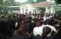 Cảm động hình ảnh nhân dân xếp hàng viếng Chủ tịch nước