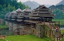 Chiêm ngưỡng tuyệt tác nhà cầu trăm tuổi ở Trung Quốc