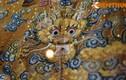 Soi chi tiết hoàng bào lộng lẫy của vua nhà Nguyễn