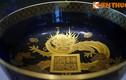 Ngắm bộ đồ sứ ngoại dát vàng của vua nhà Nguyễn