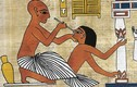 Khủng khiếp phương pháp chữa bệnh bằng phân ở Ai Cập cổ