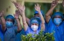 Niềm vui của các y, bác sĩ khi gỡ phong tỏa Bệnh viện Đà Nẵng