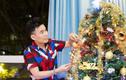 Giáng sinh lạ lùng chưa từng có của sao Việt