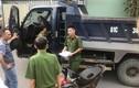 Bị vượt mặt, tài xế xe tải cầm cơ bida đánh chết người đi xe máy