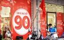 Cận Tết, cửa hàng thời trang đồng loạt giảm giá sâu