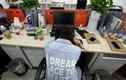 Vỡ mộng làm giàu, giới trẻ Trung Quốc tẩy chay văn hóa làm việc 996