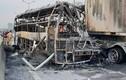 Video: Hiện trường vụ xe khách 47 chỗ cháy trơ khung ở Hà Nội