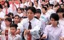 Video: Lễ khai giảng ở ngôi trường hát Quốc ca bằng tay