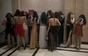 """Đột kích quán bar phát hiện nữ nhân viên 13 tuổi cùng nhiều cô gái mặc """"mát mẻ"""""""