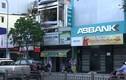 Nghẹt thở giây phút bảo vệ ngân hàng An Bình đối đầu 2 tên cướp có súng