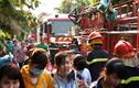 Cháy lớn giữa Sài Gòn, cả công ty may đổ sập