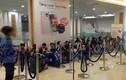 Hà Nội: Vật vờ cả đêm chờ Galaxy S5