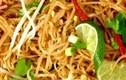 Món bún xào kiểu Thái hợp với ngày mát trời