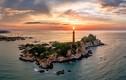 """Khám phá 7 ngọn hải đăng nổi tiếng, """"đẹp mê hồn"""" của Việt Nam"""