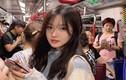 Bị chụp lén trên tàu điện ngầm, hot girl được CĐM truy lùng info