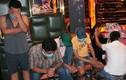 """39 người """"bay"""" ở quán karaoke giữa lúc dịch Covid-19 bùng phát"""