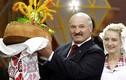 """Tổng thống Belarus bất ngờ """"đi đêm"""" với Ukraine"""
