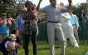 Vợ chồng TT Obama vui đùa thả ga dịp Lễ Phục sinh