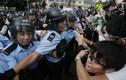Hồng Kông bắt giữ 19 người ẩu đả với phe biểu tình