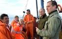 Chùm ảnh bộ đôi quyền lực Putin-Medvedev thăm đảo Lipno