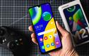 """4 """"chú dế"""" giúp Samsung cạnh tranh sòng phẳng với iPhone"""