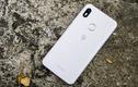 """Có gì bên trong chiếc """"smartphone quốc dân"""" giá 600 nghìn đồng?"""