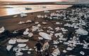 """Lóa mắt bãi biển """"kim cương"""" hút khách nhất ở Iceland"""
