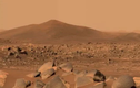 Tàu thăm dò của NASA phát hiện các vật thể bí ẩn trên sao Hỏa