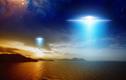 """Tóm được UFO màu xanh kỳ quái 2 lần xuất hiện """"trêu ngươi"""" con người?"""