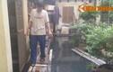 Thảm cảnh dân Hà Nội sống biệt thự... hít nước cống thối