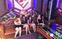 """Dàn nam thanh nữ tú """"bay lắc"""" điên cuồng ở karaoke New Idol"""