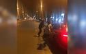 Video: Tài xế chửi CSGT, lái xe tông CSCĐ rồi nẹt pô bỏ chạy ở Sài Gòn