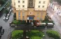 Người đàn ông tử vong trên nóc xe khách, nghi rơi từ tầng cao chung cư