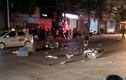 Video: Hai xe máy đối đầu trong đêm, 3 người thương vong