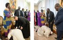 Bất ngờ lý do Giáo Hoàng quỳ hôn chân các lãnh đạo Nam Sudan
