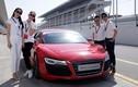 Xem dàn sao Việt đua xe hoành tráng ở Dubai