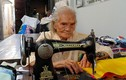 92 tuổi cần mẫn xin vải vụn may mền tặng người nghèo