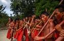 Cận cảnh cuộc sống của bộ lạc sống biệt lập trong rừng rậm Amazon
