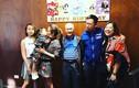 Tỷ phú Châu Trác Hoa du hí cùng bồ nhí đúng sinh nhật cha