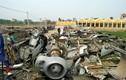 Video: Cánh máy bay, thùng đạn chất đầy bãi phế liệu ở làng Quan Độ