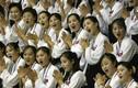 Video: Nhan sắc không tì vết của những hoạt náo viên Triều Tiên sắp sang Hàn Quốc