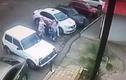 Video: Y tá đem vứt bệnh nhân khỏi bệnh viện giữa trời 0 độ