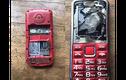 Cậu bé nhận cái kết kinh hoàng khi điện thoại nổ tung