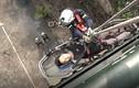 Video: Xem 5 cô lính cứu hoả đu dây cứu người ở Hà Nội