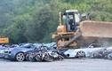Video: Xem hàng chục siêu xe bị nghiền nát bét