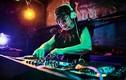 Cụ bà 82 tuổi ngày bán há cảo tối làm DJ thứ thiệt