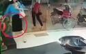 Video: Người phụ nữ ăn mặc sang chảnh trộm túi xách ở tiệm cắt tóc