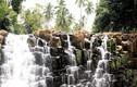 Video: Thác nước bậc thang tựa cảnh siêu thực ở Philippines
